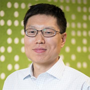 Picture of Professor Wang